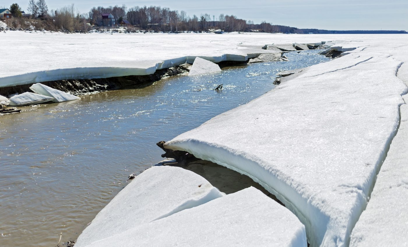July 12, 2007 - Ice and Flooding on the Ob River