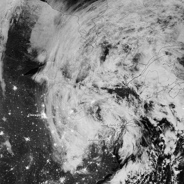 Sandy Remnants Move Inland