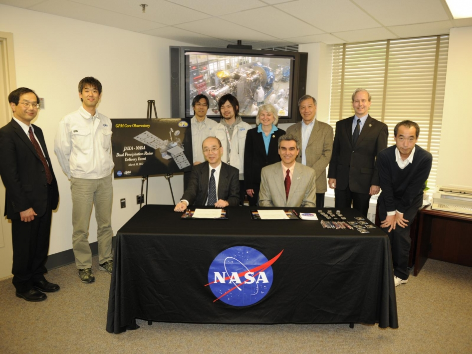 NASA and JAXA Officials at the DPR Sign-Off Event