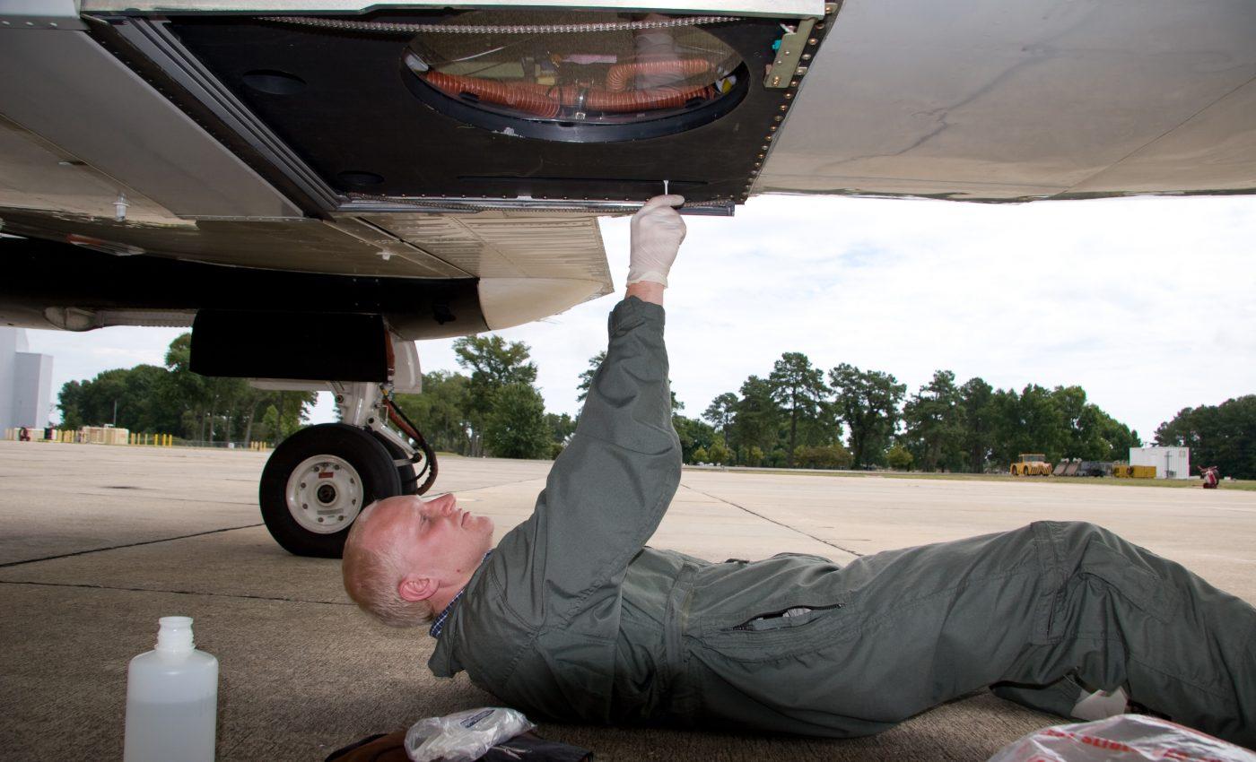 Preparing the B-200