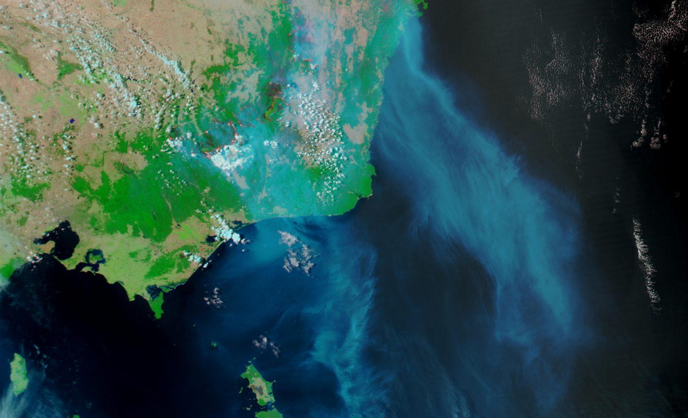 Fires and Smoke in Southeast Australia in Tasmania