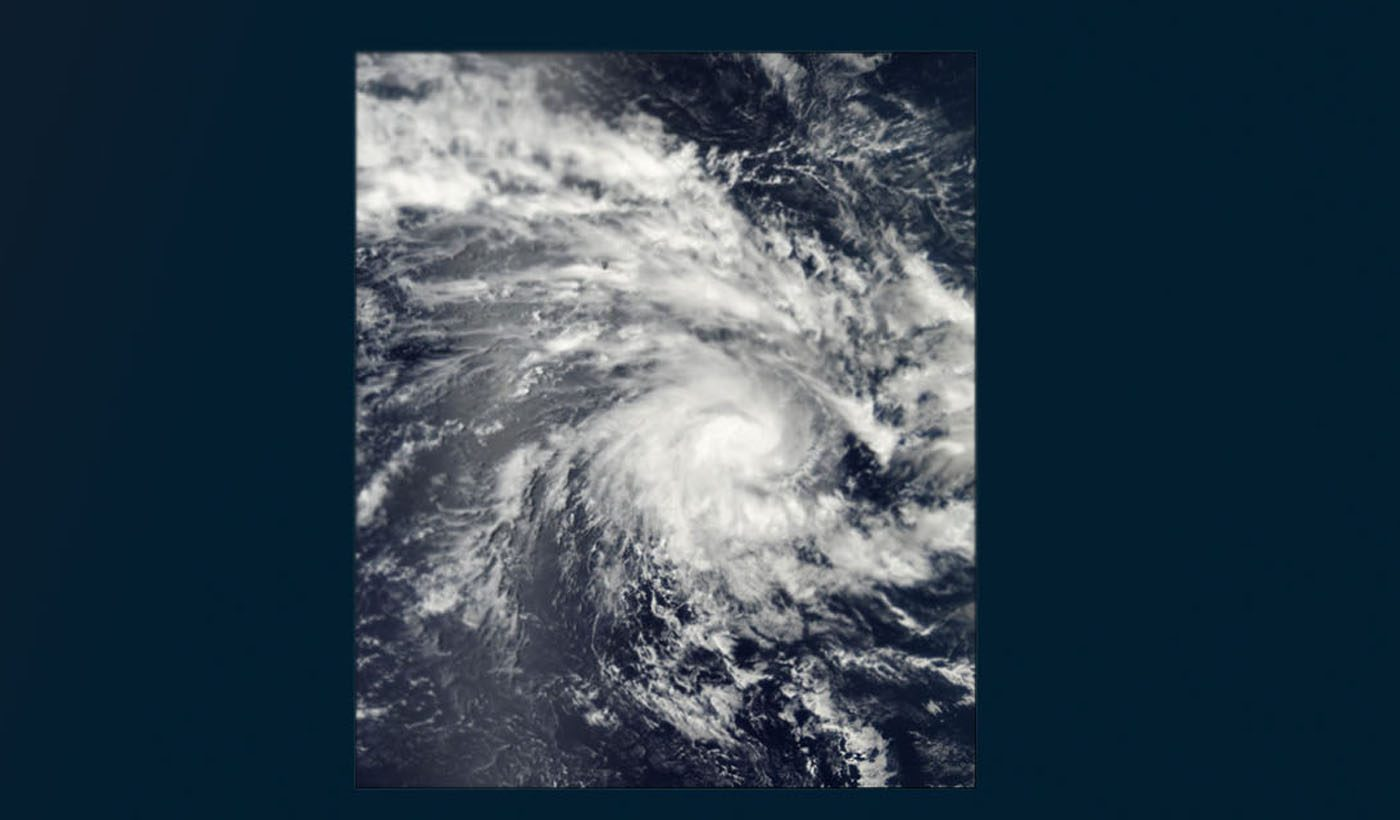 Tropical Cyclone Kalunde in the Central Indian Ocean