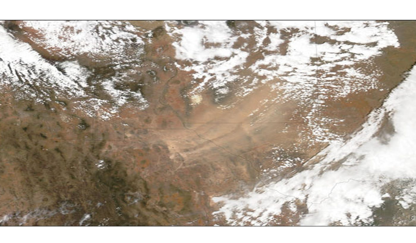 Blowing Dust Affects Mexico and the U.S.