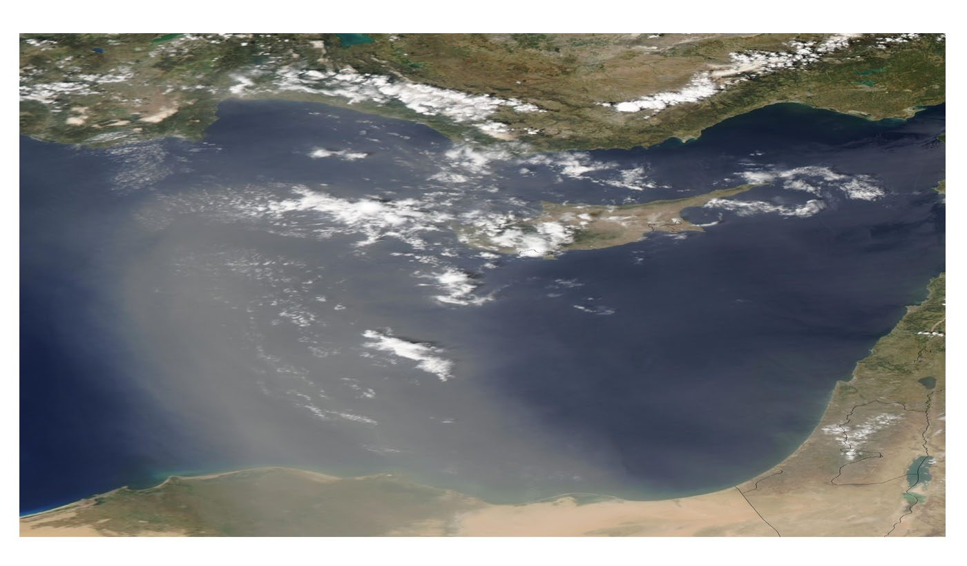 Dust Storm Over the Eastern Mediterranean Sea