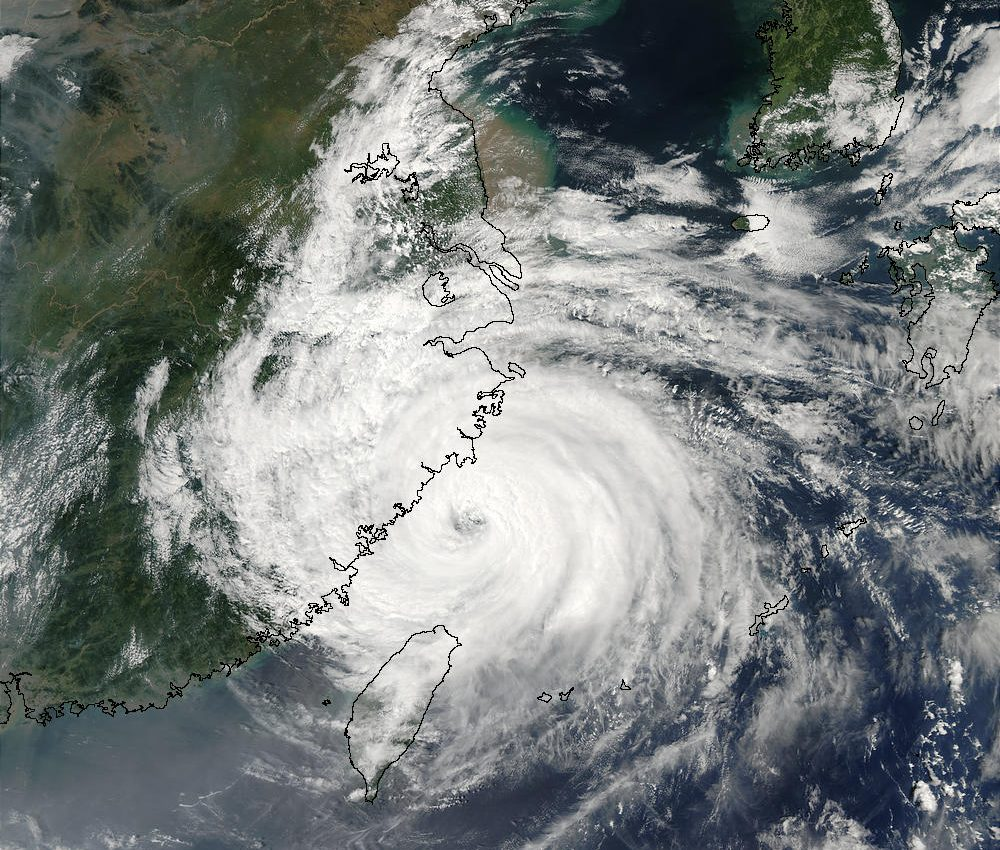 Typhoon Sinlaku (22W) Over China Coast