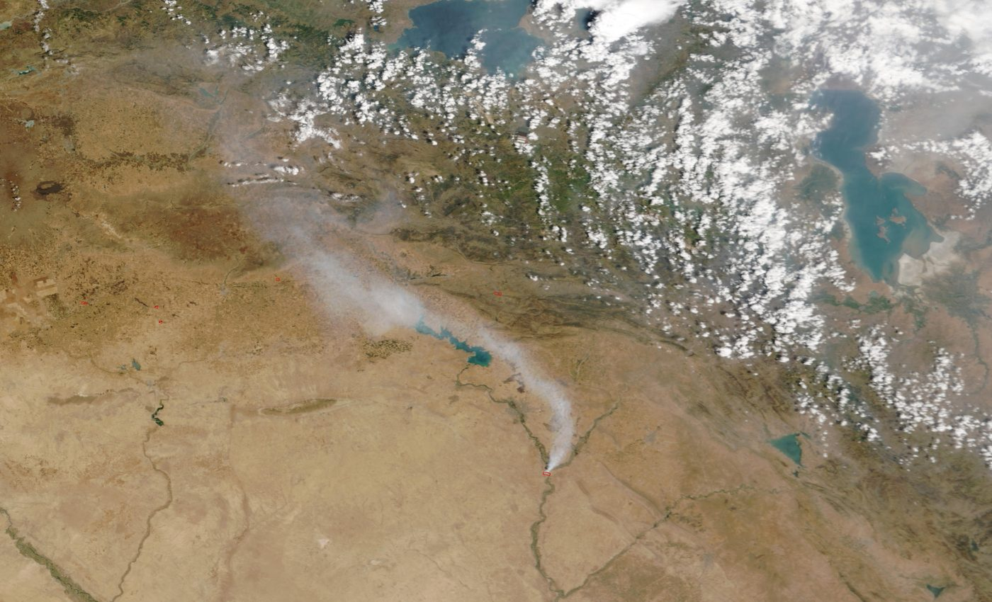 Toxic Smoke Plume from Sulfur Fire in Northern Iraq