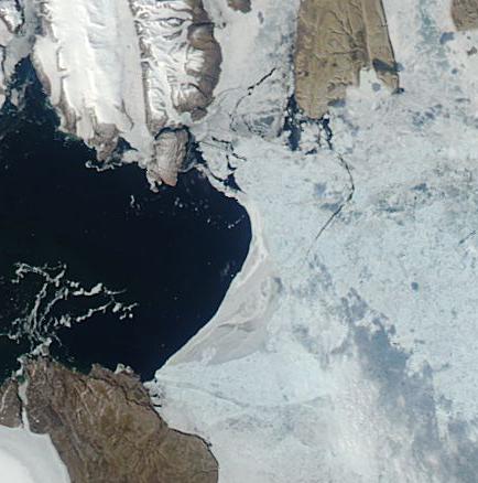 Sea Ice in Nares Strait