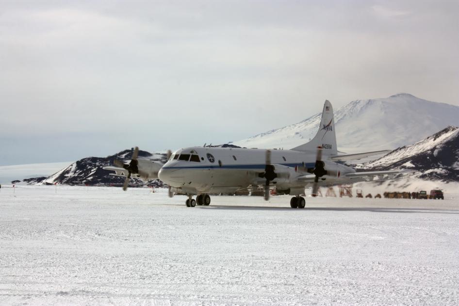 P-3B and Mount Erebus