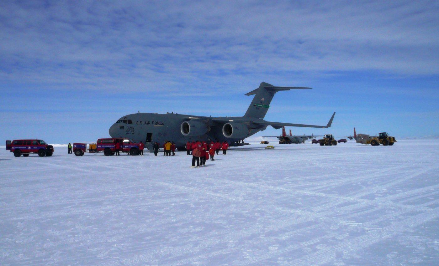 IceBridge Team Arrives at McMurdo Station