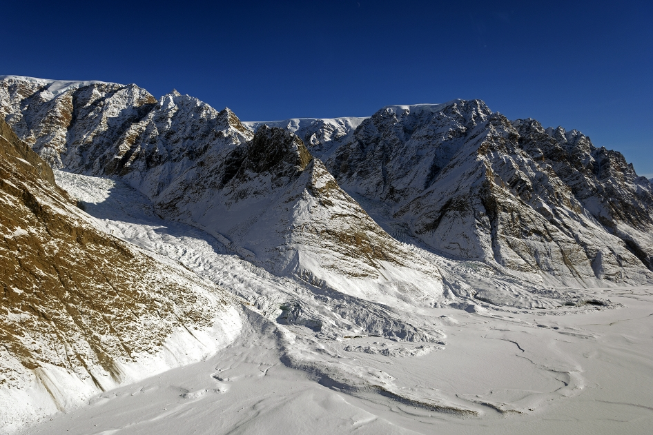 Lateral and Terminal Moraines at Violin Glacier