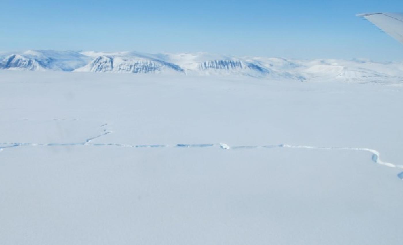 Drainage Channel on L Bistrup Glacier