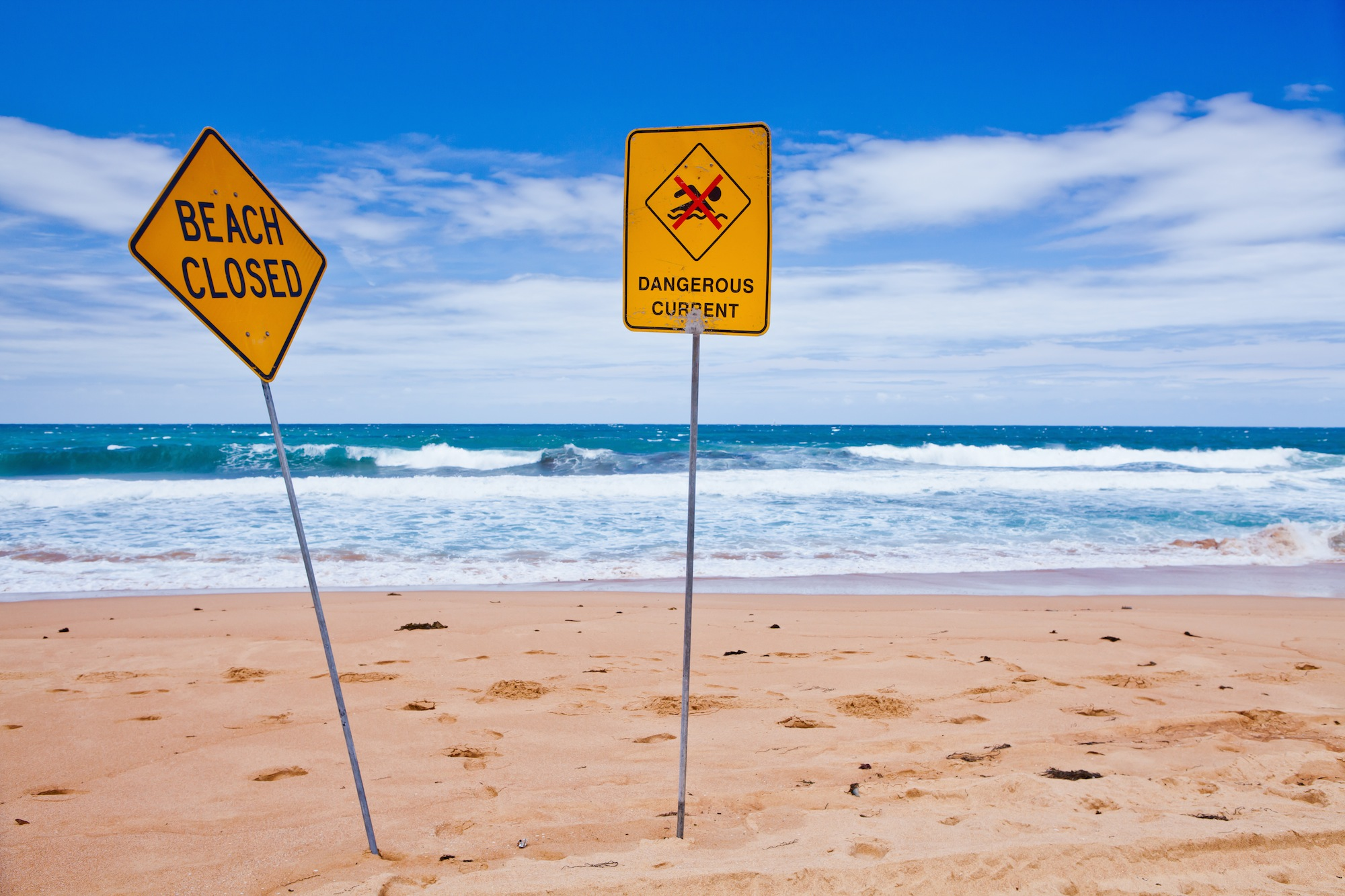 Rip currents pose a serious danger for surfers and swimmers – it turns out breaking waves actually serve as somewhat of a safety net.