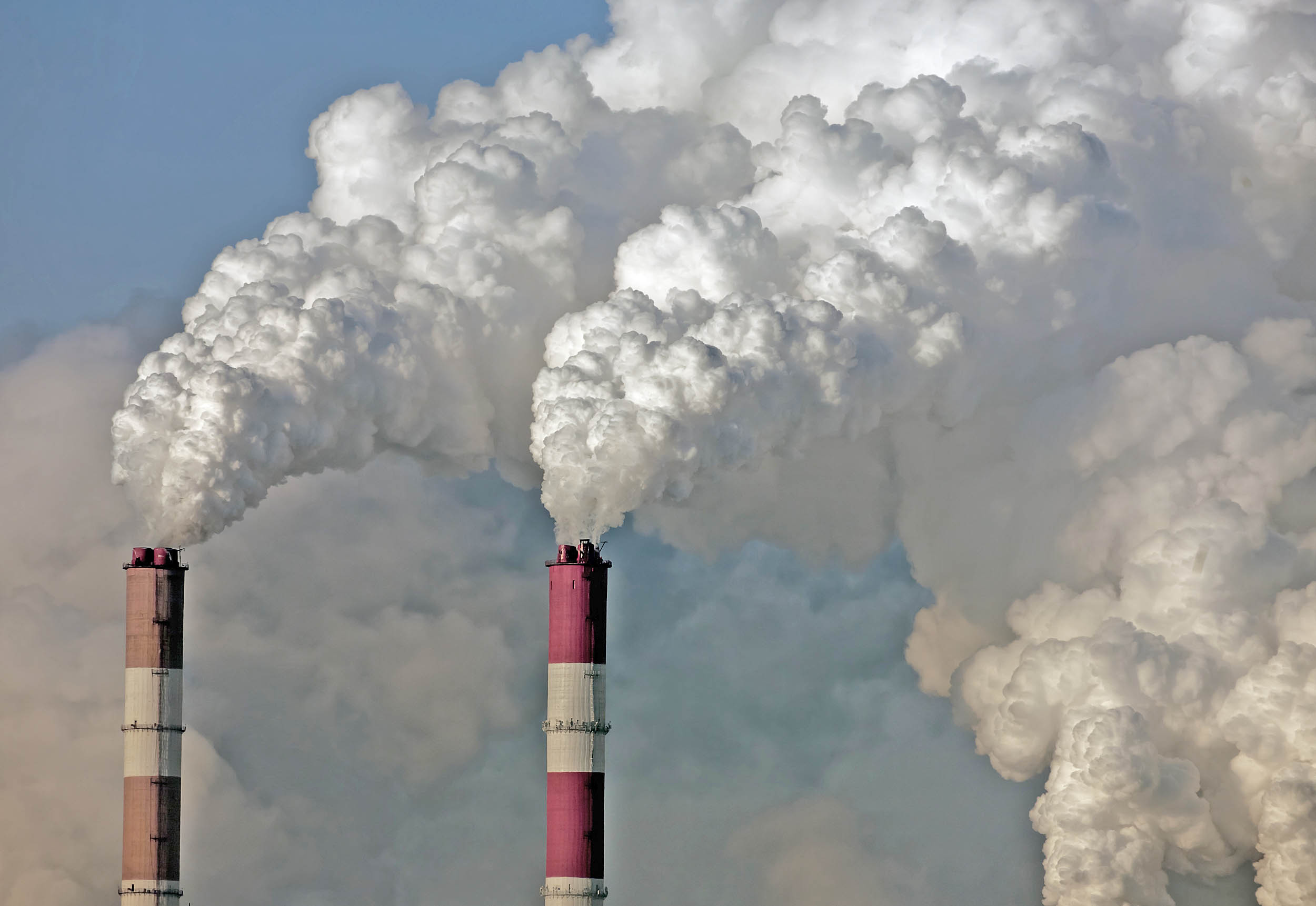 Climate change targets and air pollution