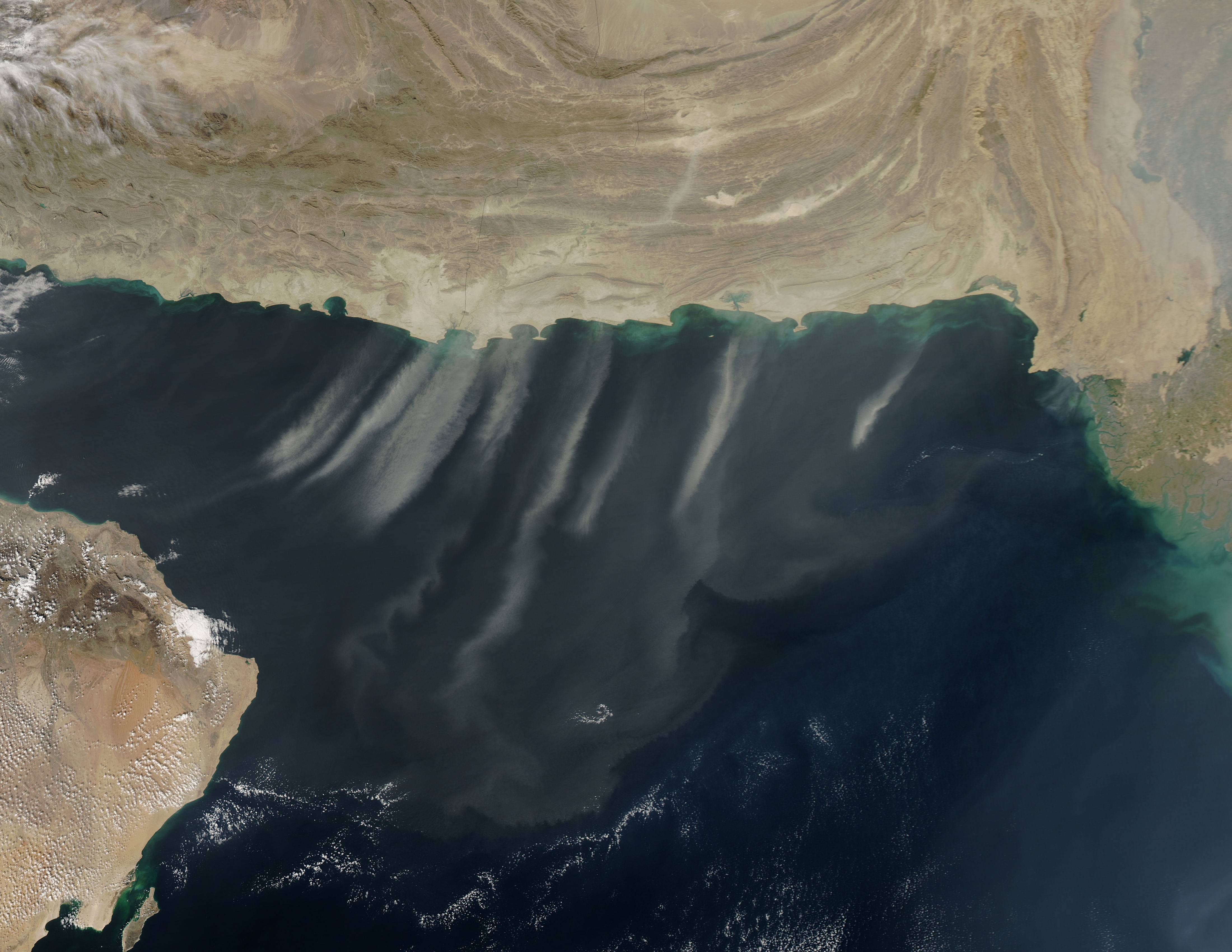 Dust storms over the Arabian Sea