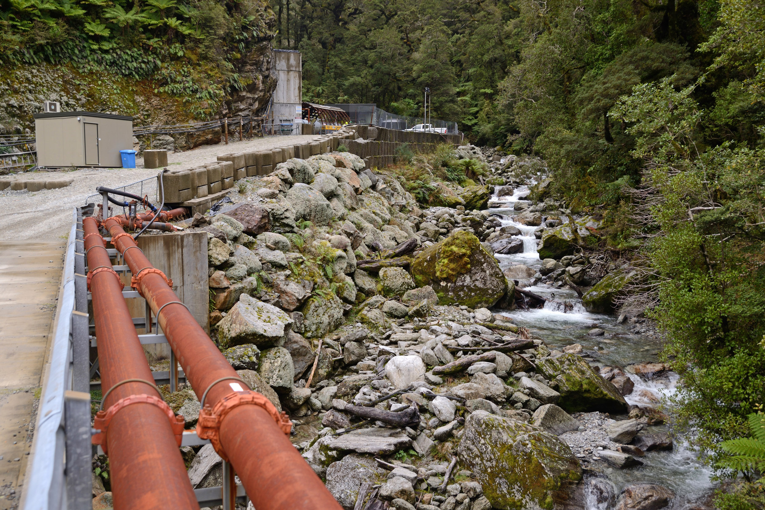 Obama enacts law to protect streams and forests from coal mining