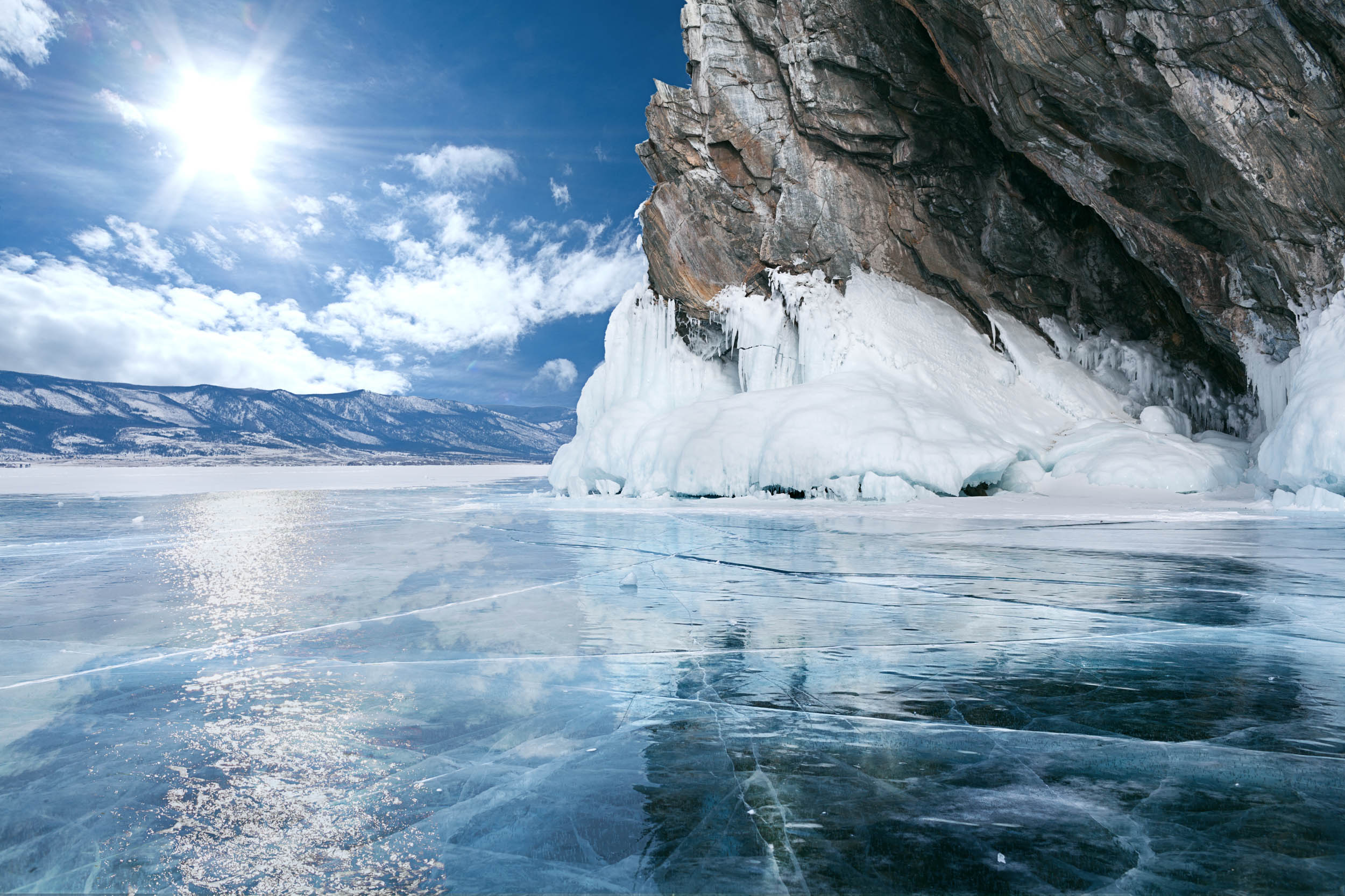 Arctic lakes are melting earlier every year