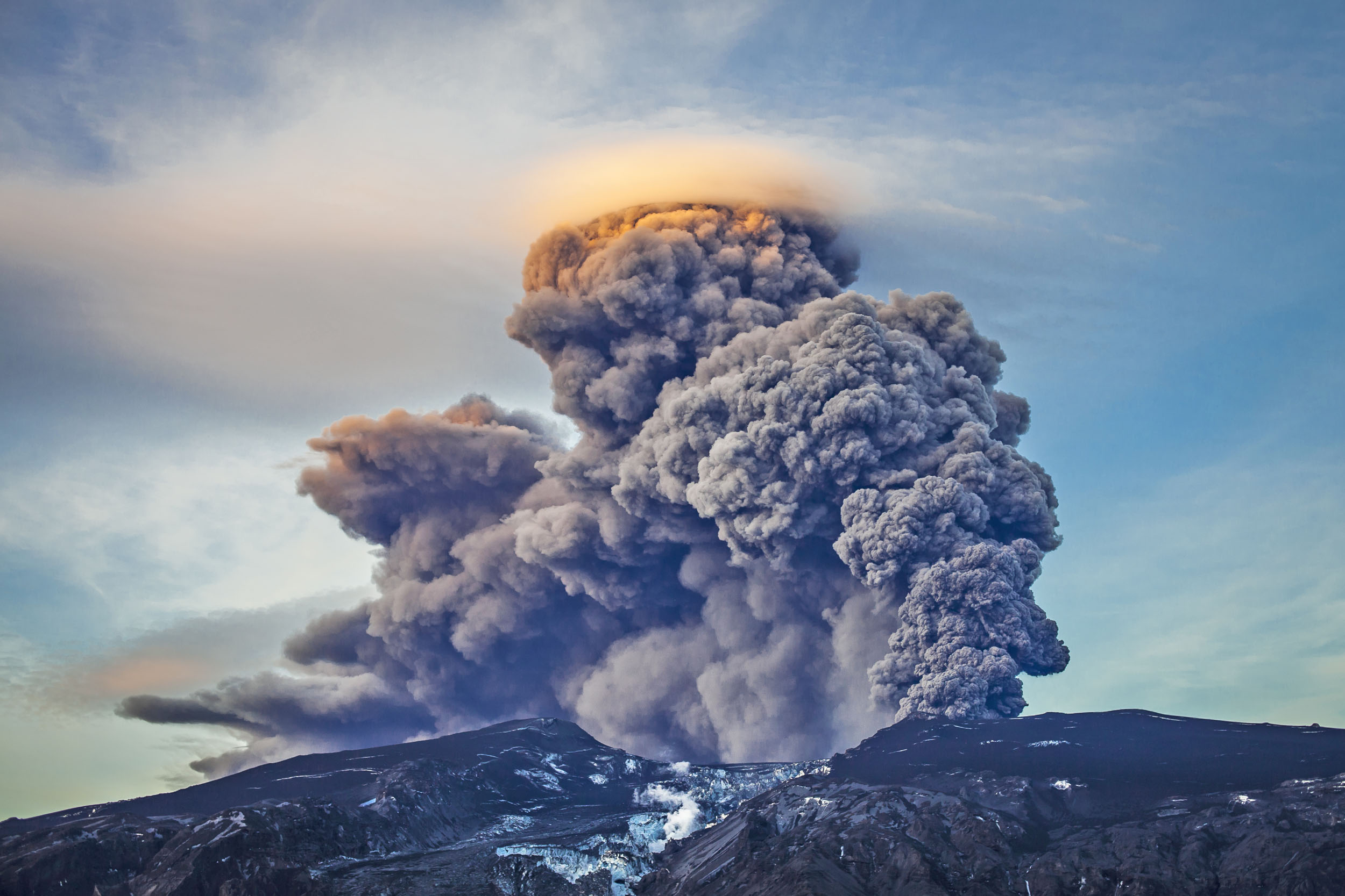 Scientists develop new model to predict volcanic eruptions