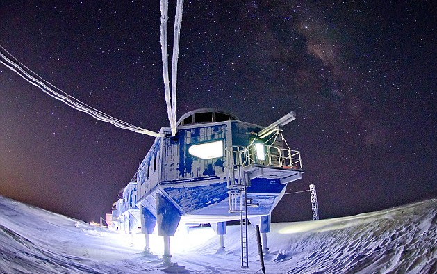 Scientists at the Halley VI Research Station in Antarctica have discovered that the station is located on a large, growing ice crack.