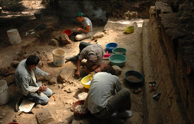 A team of researchers have discovered that the Mayan civilization collapsed twice due to similar trajectories of warfare and social instability.