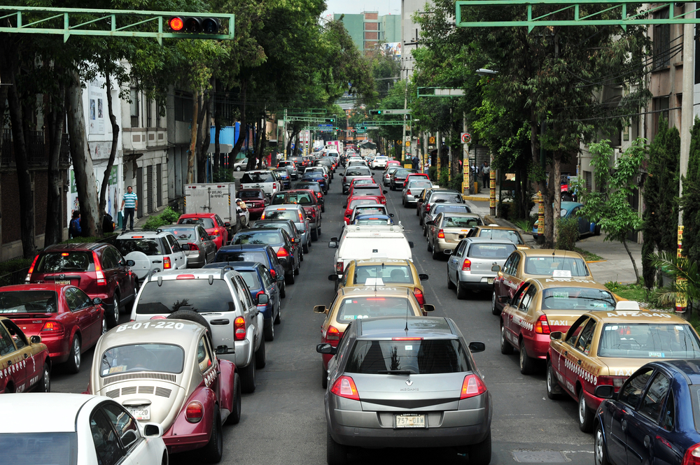 According to new data, the recent driving restrictions imposed in Mexico City in an effort to improve air quality have been largely unsuccessful.
