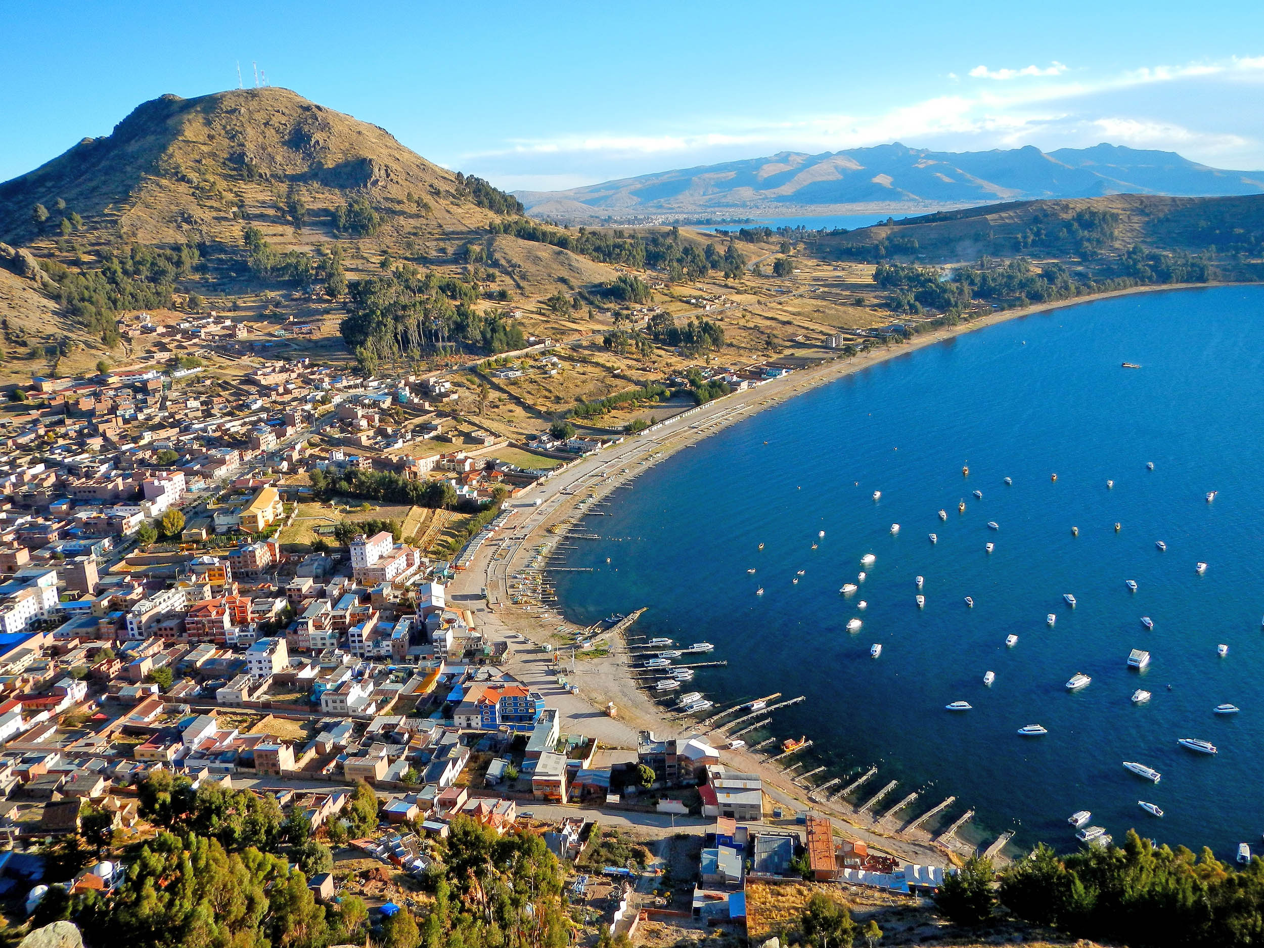 Pollution plagues Peru's famous Lake Titicaca