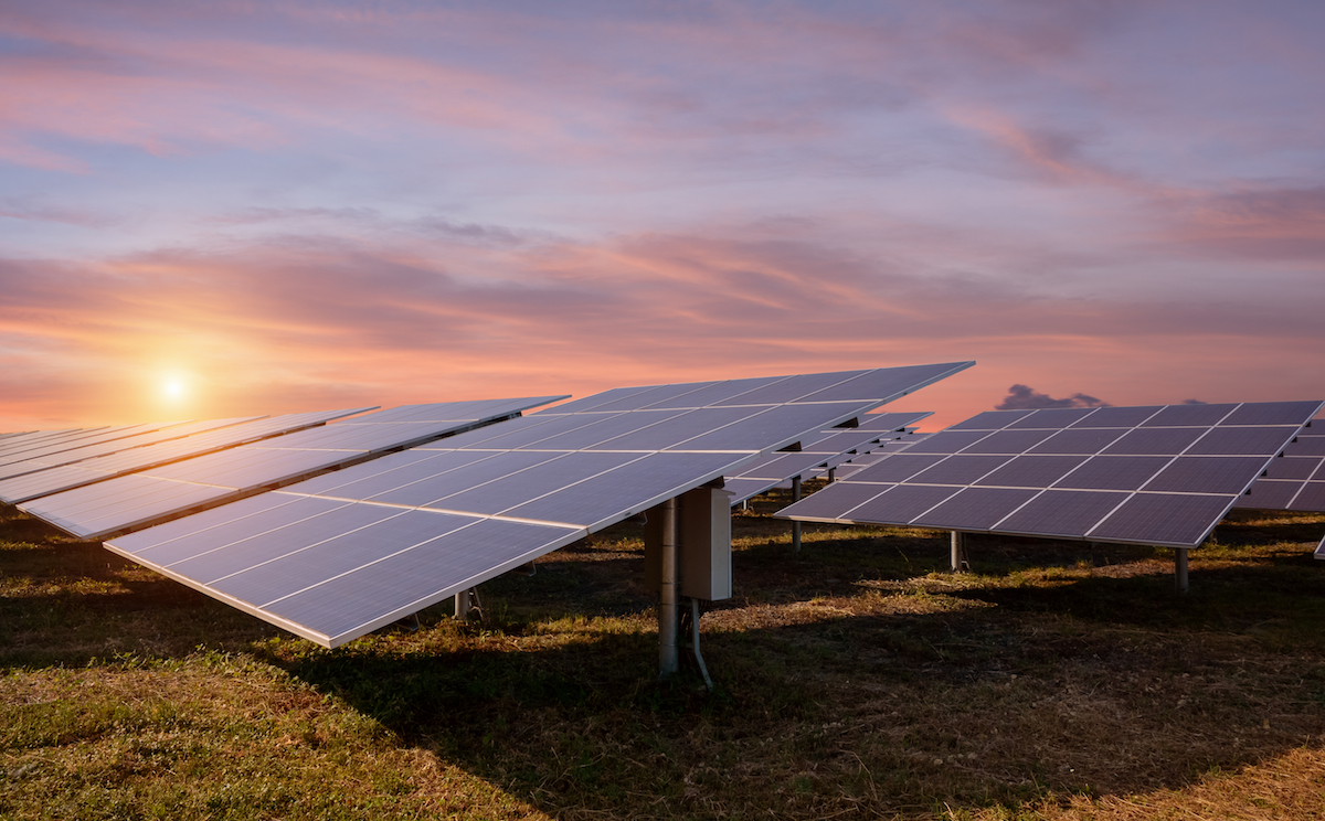 The increasing role of the U.S. financial sector in the emerging solar market in the 80s and 90s may have significantly impaired the solar industry.