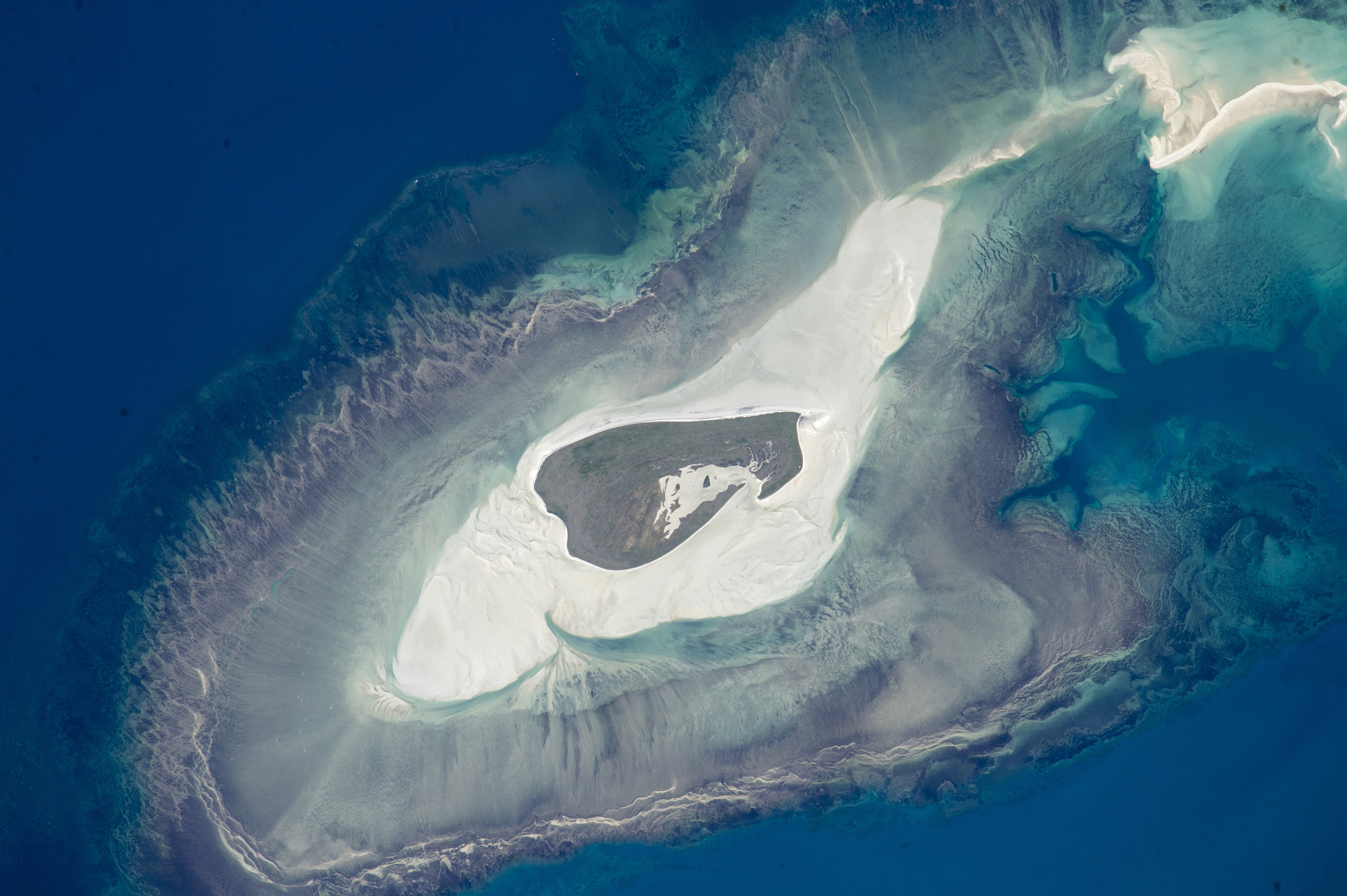 Today's Image of the Day comes courtesy of the NASA Earth Observatory and features a look at Adele Island, situated off the northern coast of Australia.