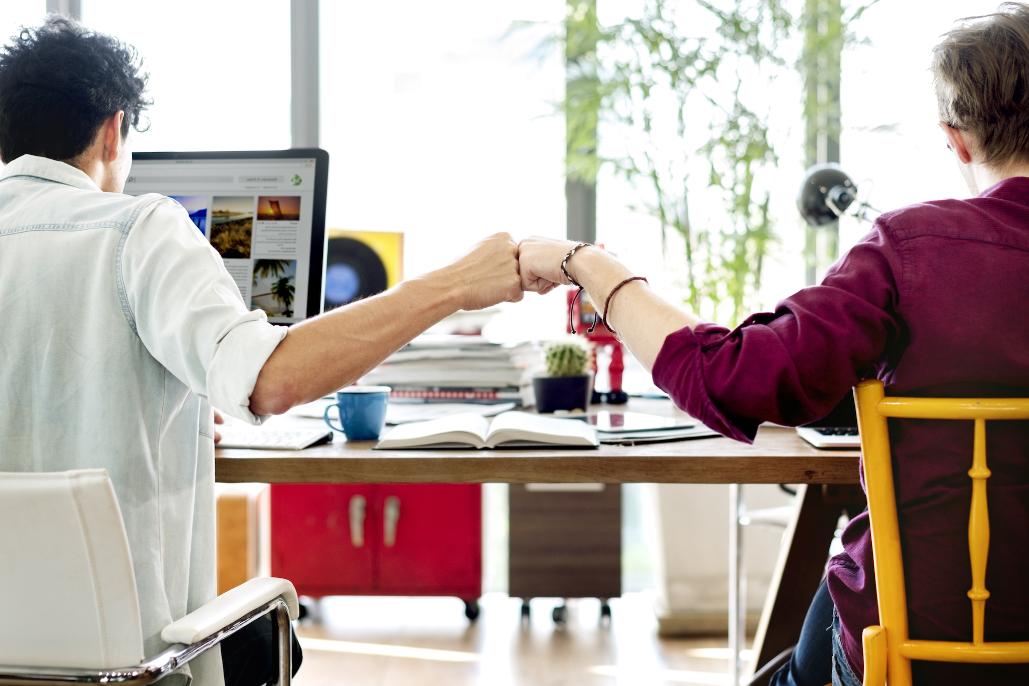 While teamwork is usually thought of as a good thing, a recent study reveals that helping out colleagues may have a dark side too.