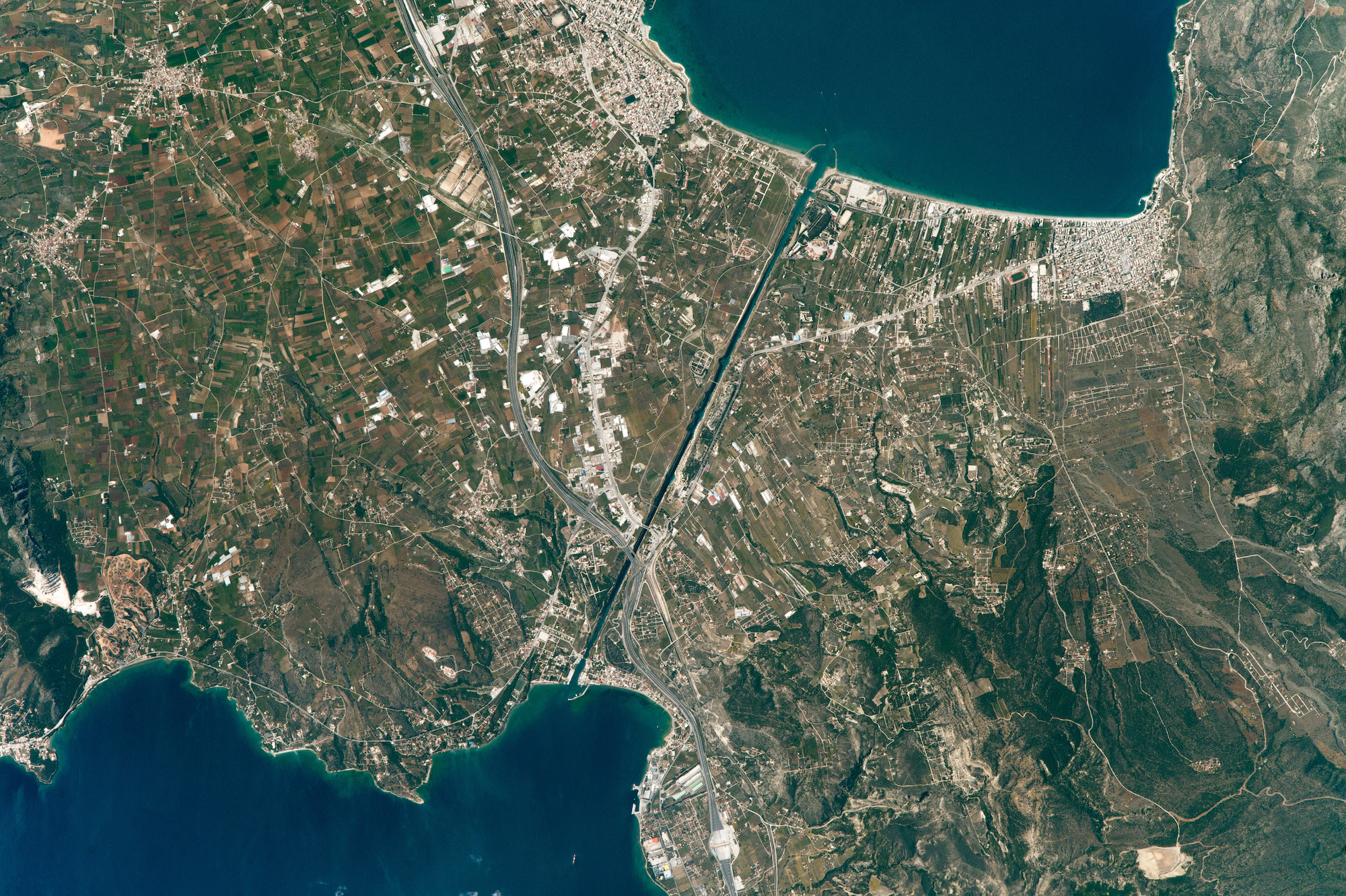Today's Image of the Day comes thanks to the NASA Earth Observatory and features a look at the famous Corinth Canal in Greece