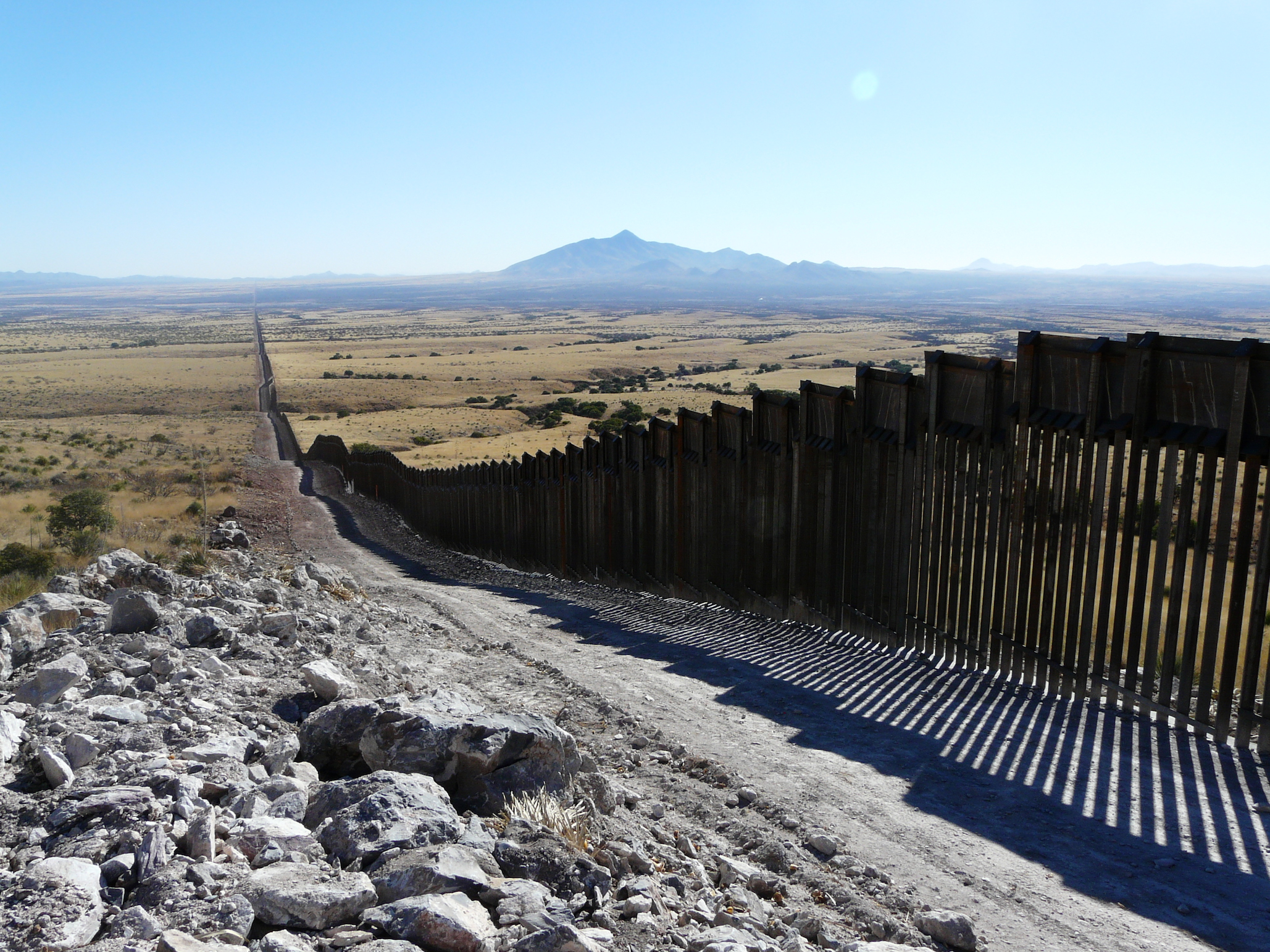 Lesley Evans Ogden has written an article addressing the potential impact that a U.S.-Mexico border wall will have on wildlife.