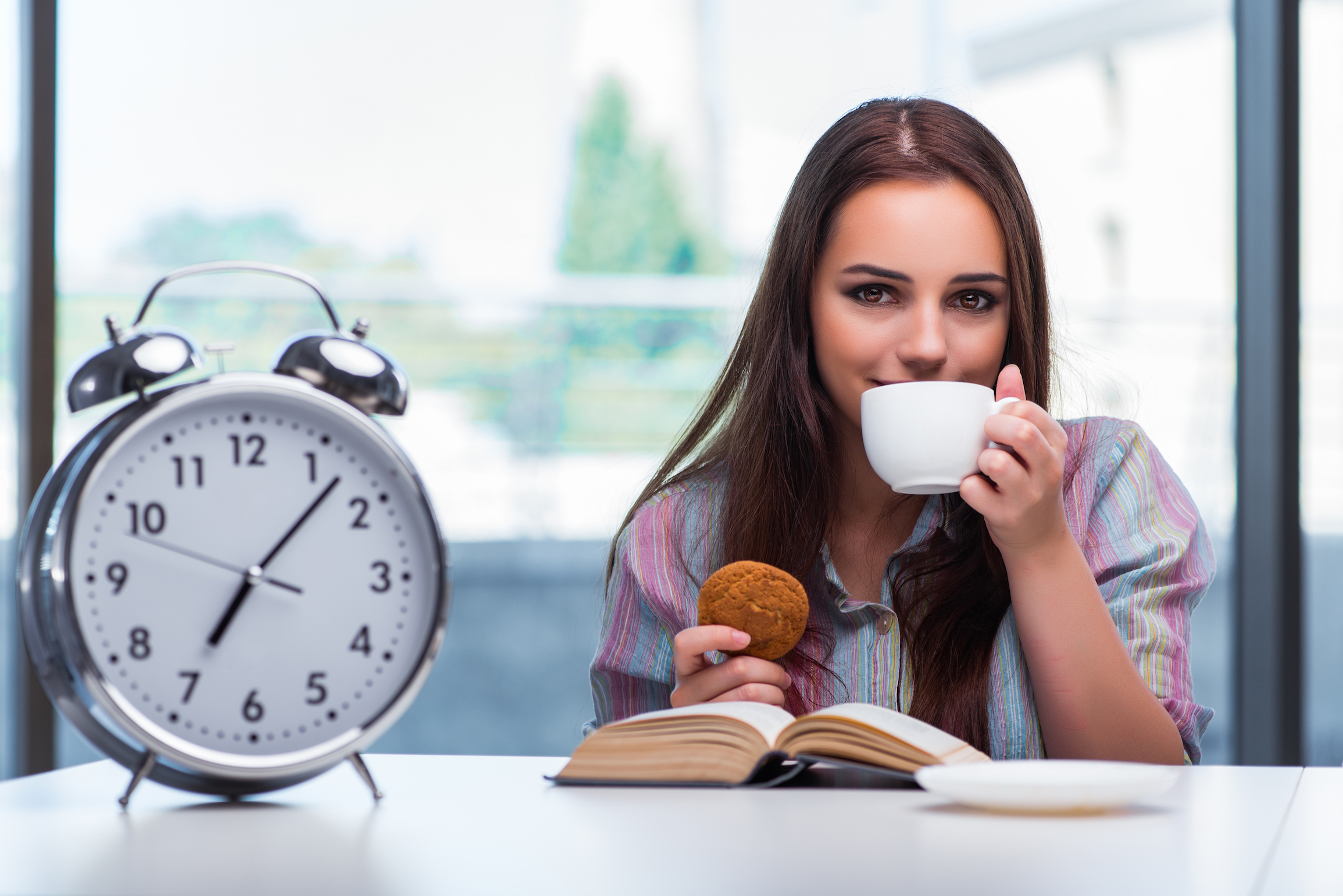 Delaying meals can reset your body clock and affect your blood sugar levels, a new study from University of Surrey.