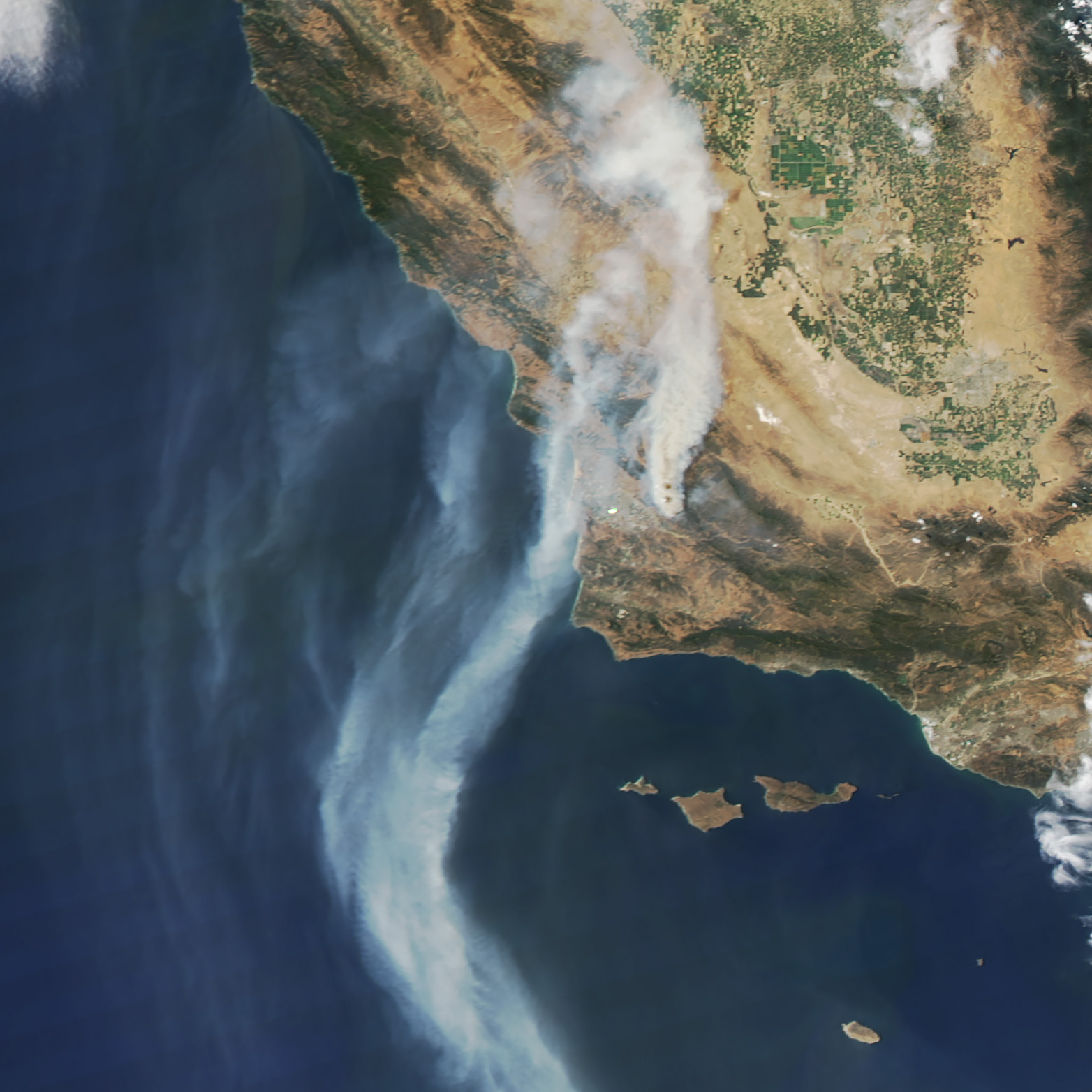 Today's Image of the Day comes thanks to the NASA Earth Observatory and features a look at wildfires burning across California.
