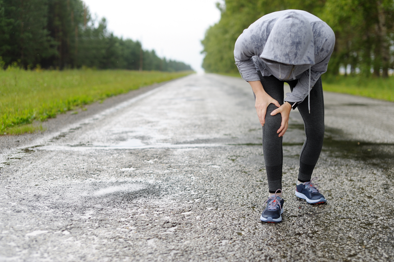 It turns out that weather does have an impact on arthritis and joint pain, but has more to do with temperatures and activity levels than rain.