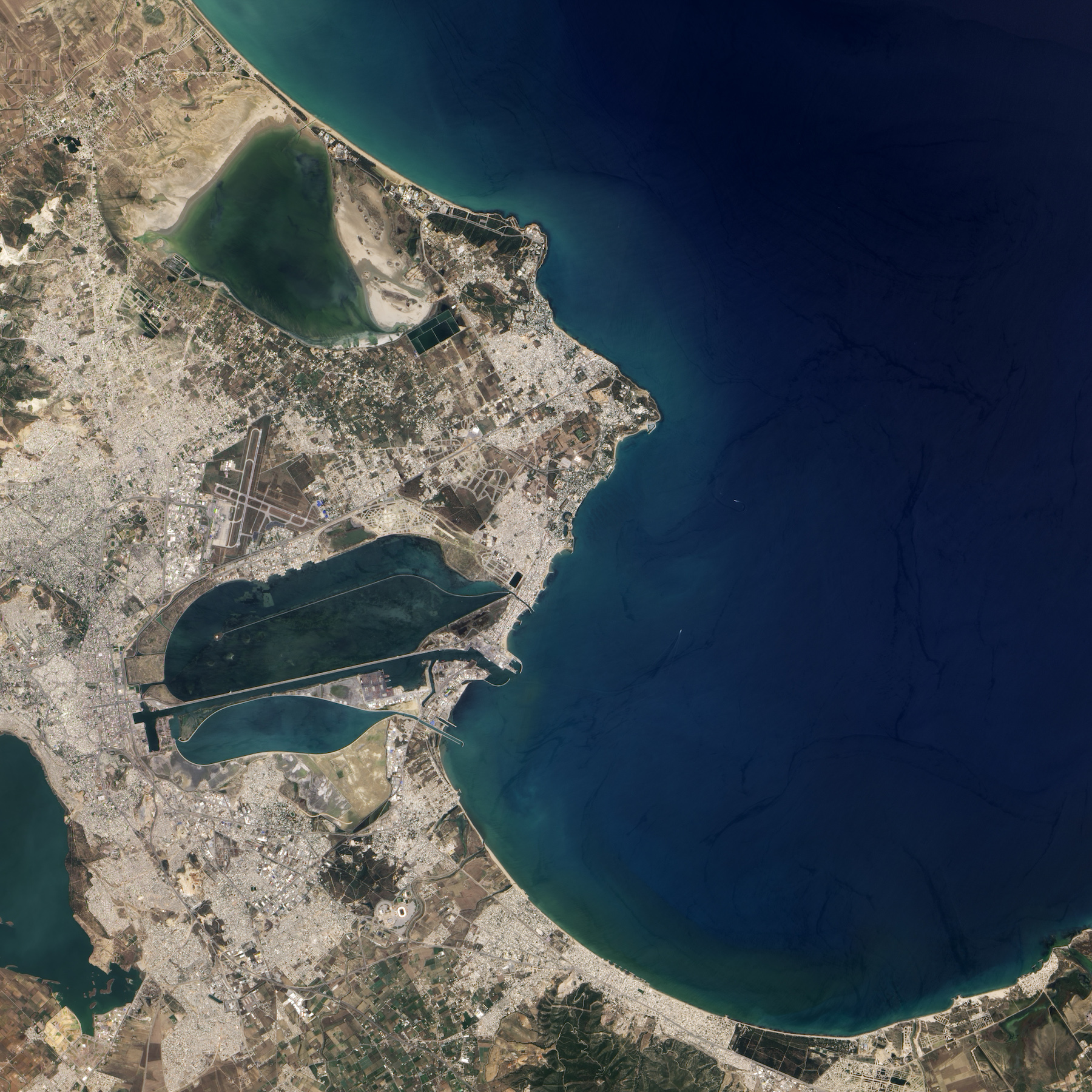 Today's Image of the Day comes thanks to the NASA Earth Observatory and features a look at the city of Carthage, Tunisia.