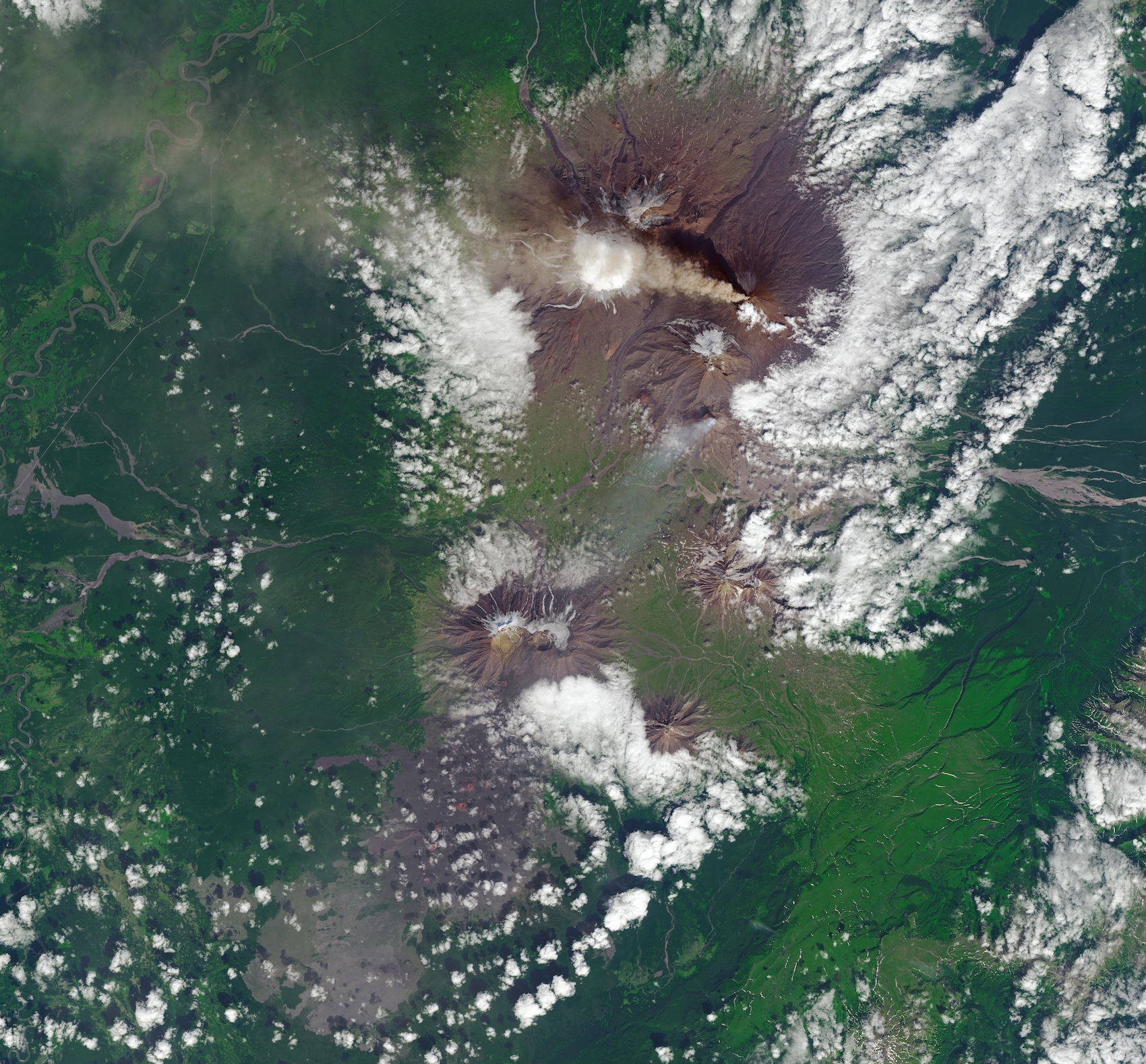 Today's Image of the Day comes thanks to the NASA Earth Observatory and features a look at ash streaming out of the Klyuchevskoy volcano.