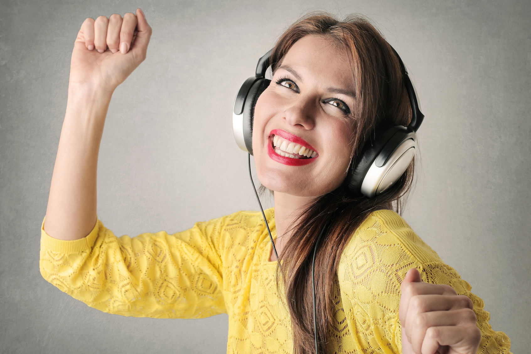 Research from Australia and the Netherlands has revealed that listening to happy music affects creative cognition in a positive way.