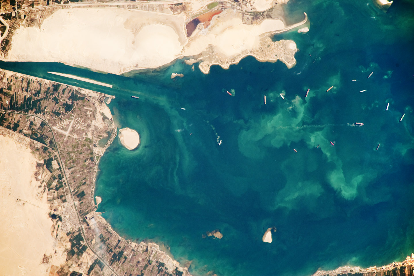 Today's Image of the Day comes thanks to the NASA Earth Observatory and features a look the Great Bitter Lake along the Suez Canal in Egypt.