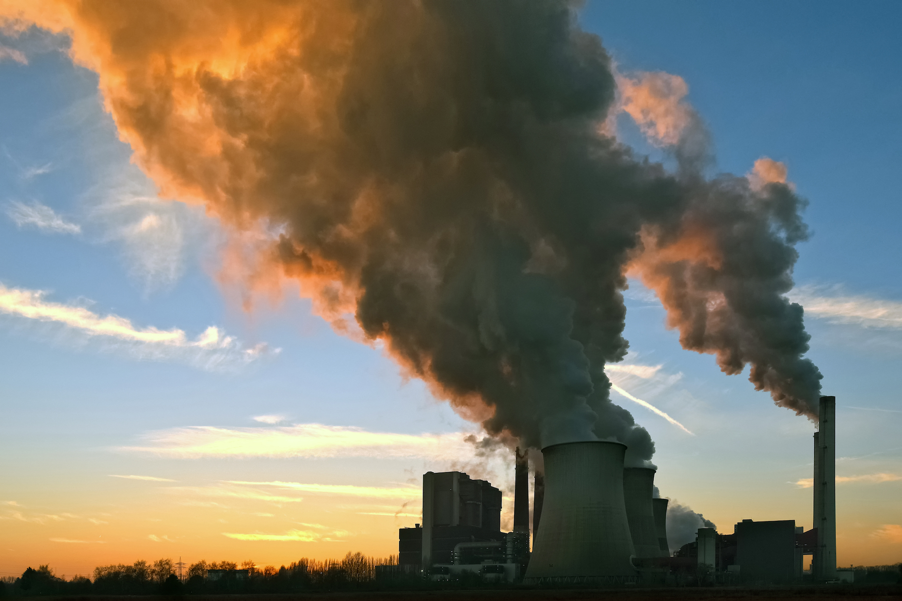 A global analysis of greenhouse gas (GHG) emissions has revealed that CO2 levels have stalled for the third consecutive year.