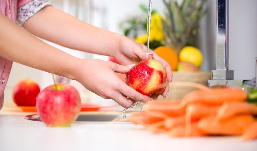 Scientists have found that baking soda, an item commonly found in homes, effectively reduces the remains of pesticides found on fruit.