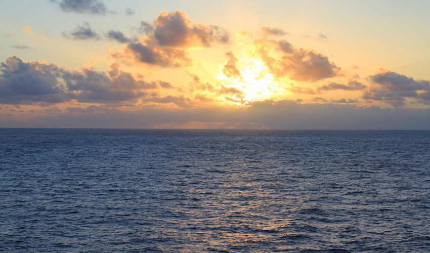 Why water has been stuck in the Pacific Ocean for over ... Pacific Ocean Water