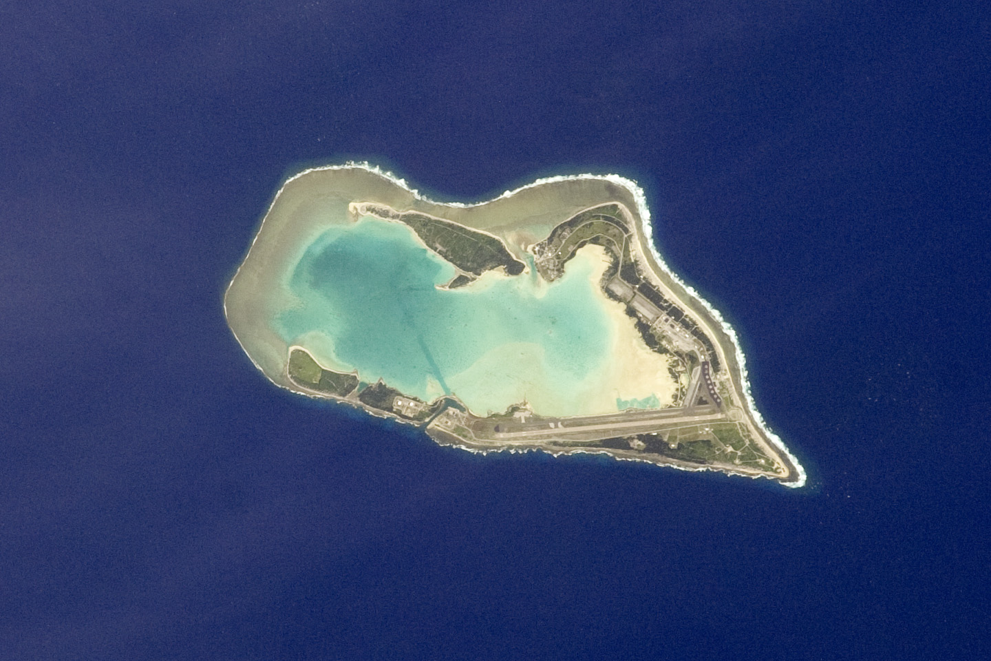 Today's Image of the Day comes courtesy of the NASA Earth Observatory and features a look at Wake Island in the Pacific Ocean.