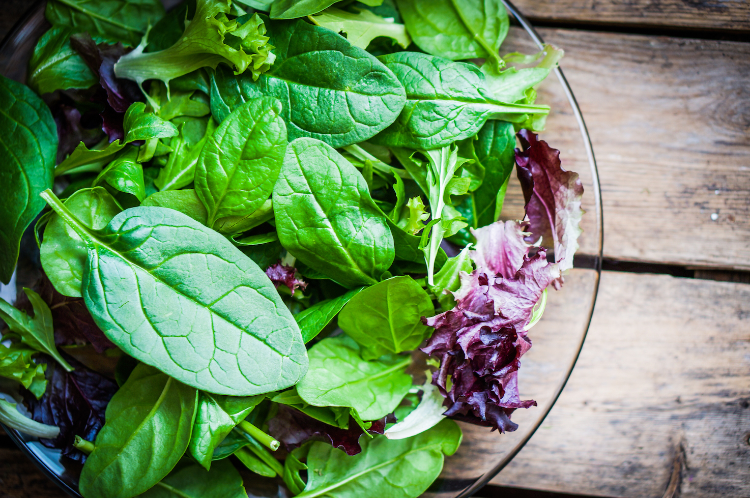 According to a recent study, eating roughly one serving per day of green, leafy vegetables may improve your memory and thinking skills.