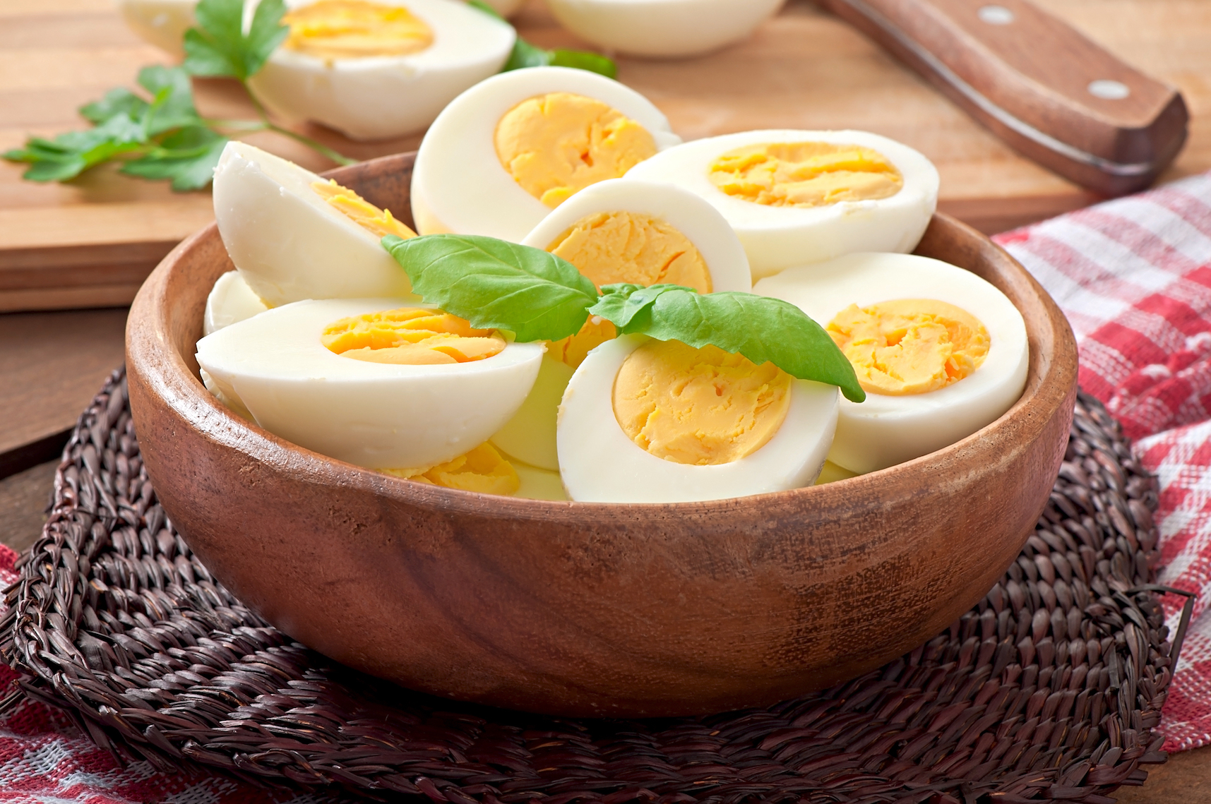 A new study found that eating egg whites versus whole eggs has a drastically different impact on the muscle's ability to process protein.