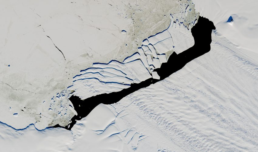 Today's Image of the Day comes from the NASA Earth Observatory and features a look at the newly formed Pine Island iceberg B-44 in Antarctica.