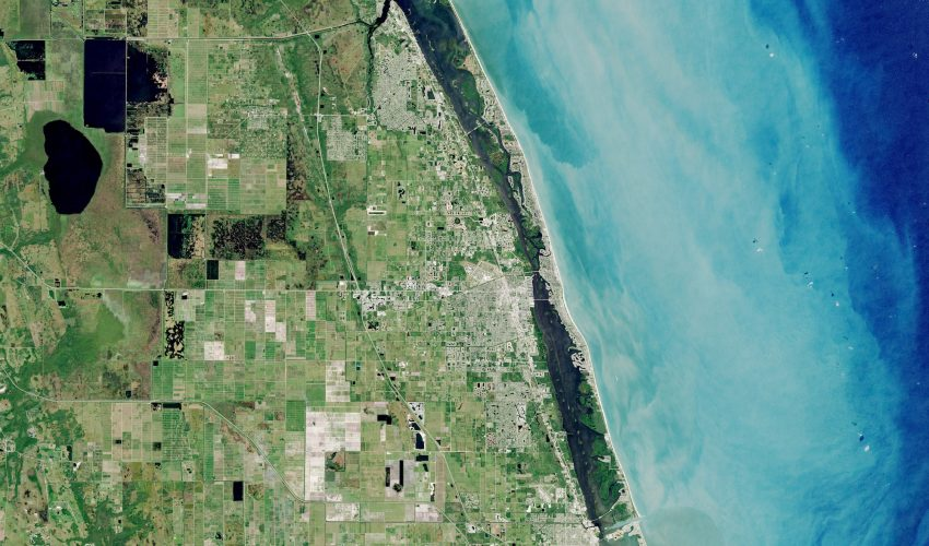 Today's Image of the Day comes from the NASA Earth Observatory and features a look at snowbird winter communities in Florida.