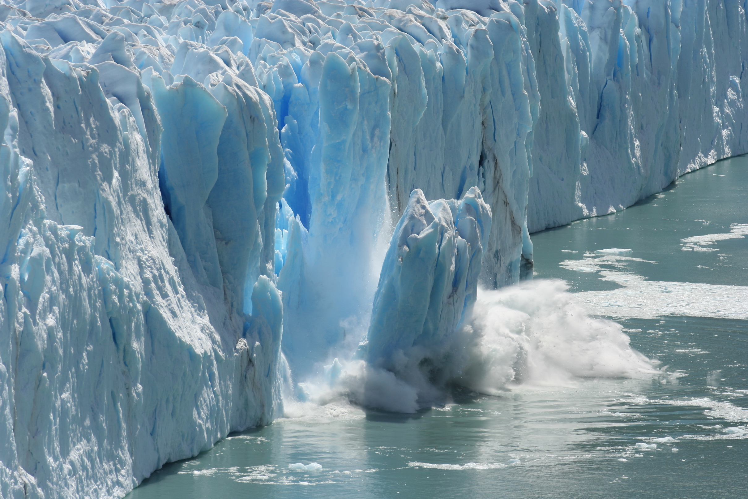 A new study has found that melting ice sheets and glaciers are weighing down on the ocean floor and causing it to sink.