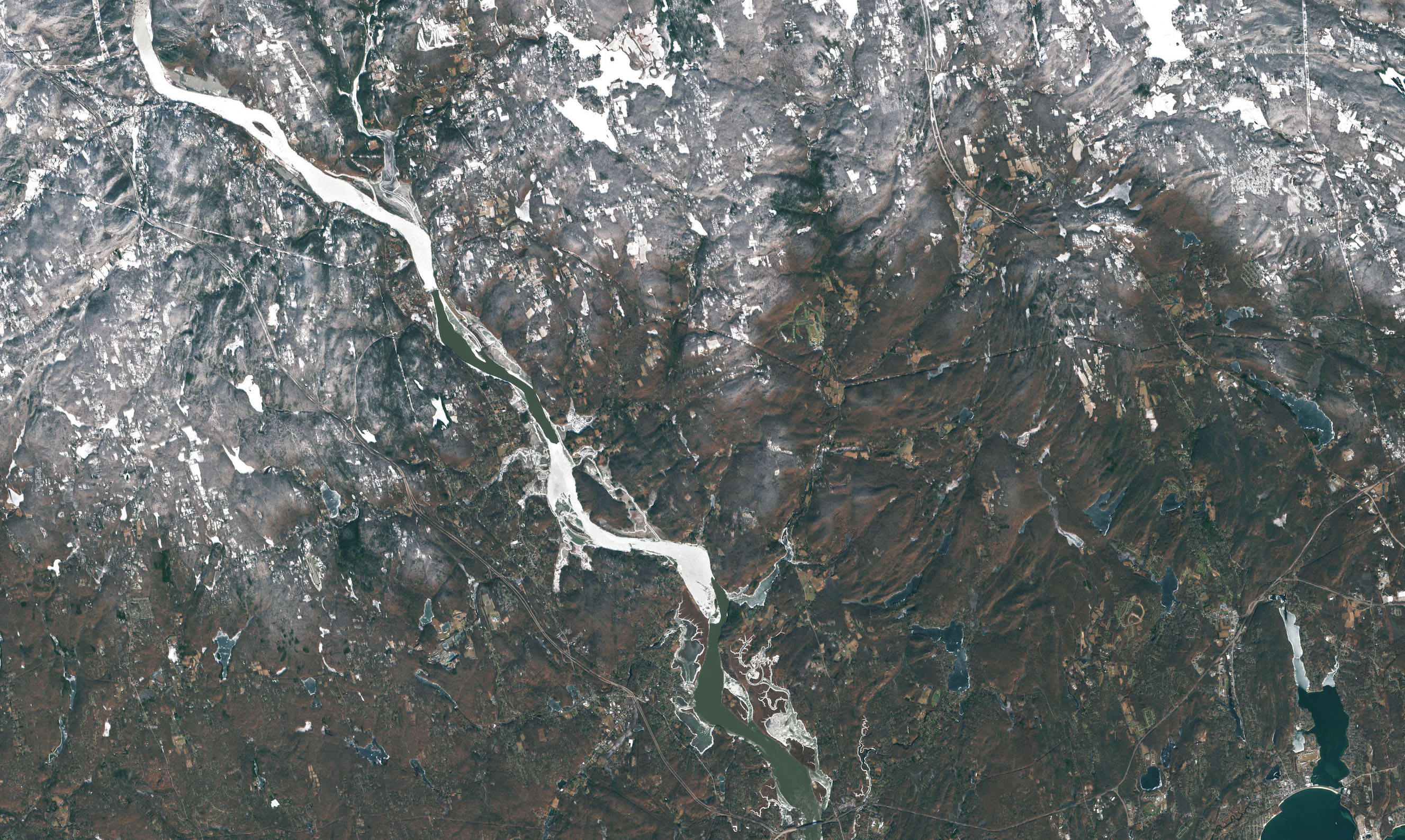 Today's Image of the Day comes from the European Space Agency and features a look at ice jams taking place on the Connecticut River.