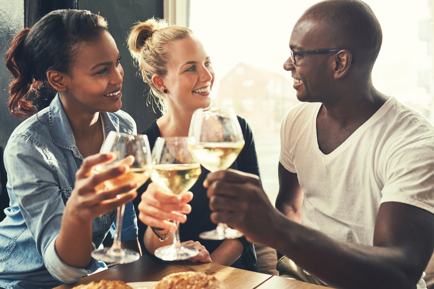 A new study from University of Rochester Medical Center has shown that low levels of alcohol can be good for the brain.