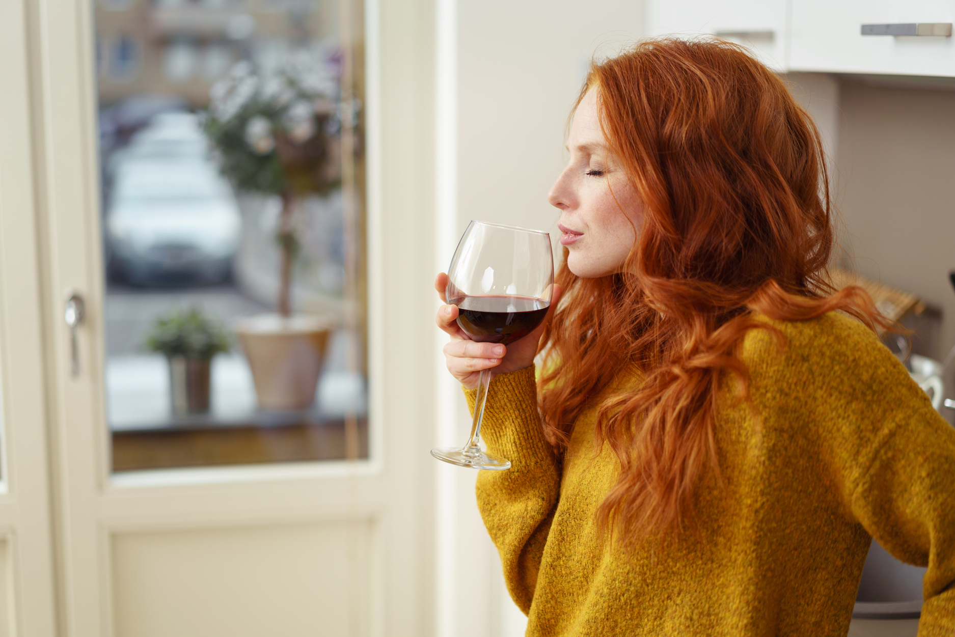 New research suggests that drinking wine may destroy the bacteria that cause bad breath, gum disease, and cavities.