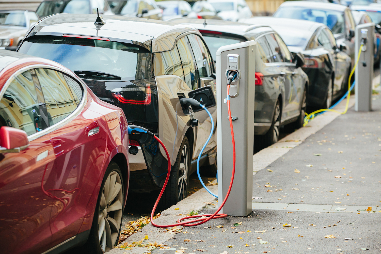 A new report from Next 10 has revealed that California can easily reach its target of having 1.5 million electric cars on the road by 2025.